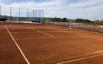 Campoerenses reativam pratica esportiva de tênis de quadra