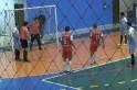 Vídeo, Fair Play - Atleta reserva salva gol é expulso e equipe deixa adversário marcar