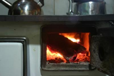Bombeiros alertam para uso incorreto de fogões à lenha, lareiras e aquecedores