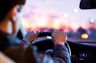 Perigo das estradas: Você já dormiu com os olhos abertos dirigindo?